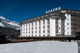 Hotel Alaska / Sol