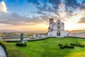 Potulky Umbriou, Gubbio, Arezzo, Assisi, Civita di Bagnoregio, Cortona, Lago Trasimeno, národný park Marmore, Orvieto, Perugia, Spoleto, Udine, Umbria, vodopády Marmore