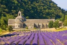 Provensálsko a Francúzska riviéra, Menton, Monako, Grasse, Cannes, Aix en Provence, Sénanque Abbey, Pont du Gard, Orange, Chateauneuf du Pape, Marseille, Avignon, Gordes