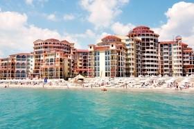 Atrium Beach Hotel