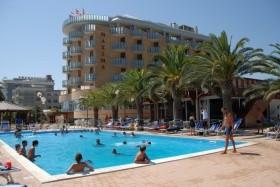 Hotel Maxim'S*** - Martinsicuro - Villa Rosa