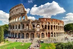 Za památkami i koupáním do Říma