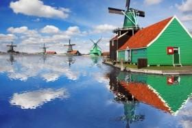 Holandsko - květin, větrných mlýnů, sýrů a stavitelů lodí