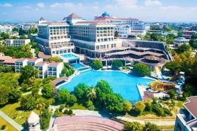 Horus Paradise Luxury Resort A