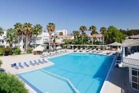 LA Hotel + 4 výlety