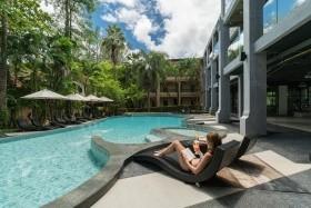 Suwan Palm Beach Resort, Bangkok Palace Hotel, Bangkok