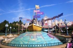 Paříž A Disneyland Autokarem