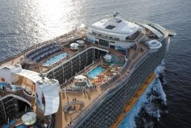 Usa, Bahamy Z Cape Liberty Na Lodi Oasis Of The Seas - 393961290P