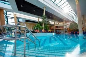 Ostřihom, Portobello Wellness & Yacht Hotel S Přímou Chodbou Do Termálů
