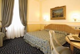 Giglio Dell Opera Hotel
