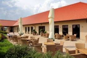 Valley Golf & Country Club