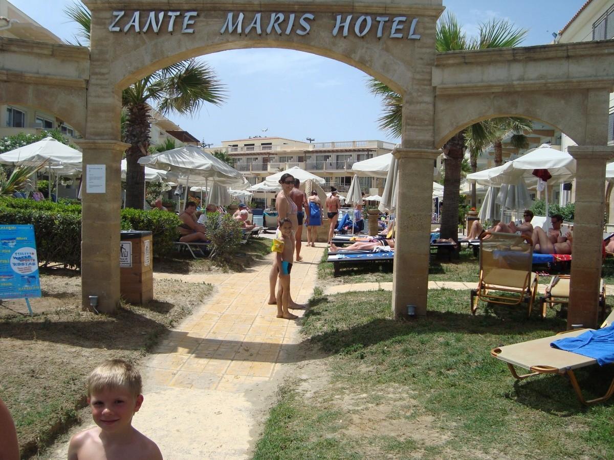 Hotel zante maris z jazdy a recenzie for The balcony zante