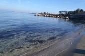 pláž pri hoteli Cavo Maris