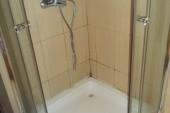 plesnivý sprchový kout