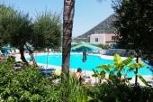 bazén pri hoteli