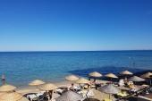 Pláž u hotelu Salamis