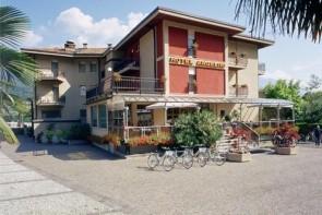 Hotel Angelini S Bazénem Mh- Torbole Sul Garda