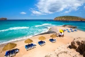 Pláž Cala Comte