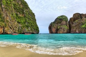 Pláž Maya Bay