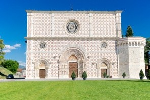 Bazilika Santa Maria di Collemaggio