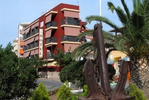 Oropesa Del Mar / Hotel Ancla