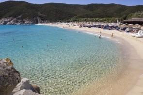 Pláž Kalamitsi