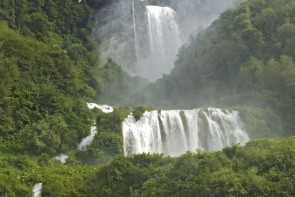 Vodopády Marmore