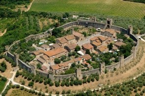 Stredoveká osada Monteriggioni