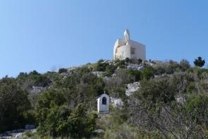 Kopec Okit s kostolom Matky Božej Karmelskej