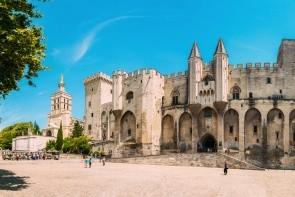 Pápežov palác v Avignone