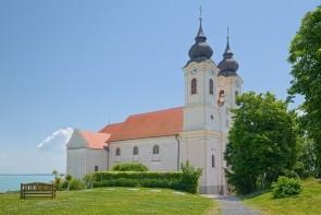 Benediktínsky kláštorný kostol