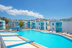Costa Carina Resort