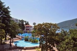 Hotel Sun Resorts 4*, Herceg Novi