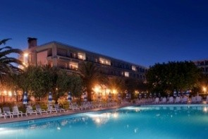 Una Hotel Naxos Beach