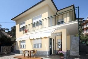 Villa Delle Ciliegie (Deiva Marina)