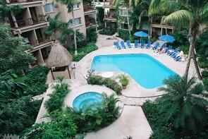 Tukan Hotel & Beach Club / Moongate