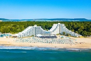 Mura Beach