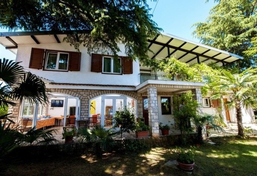 Villa Ladavac