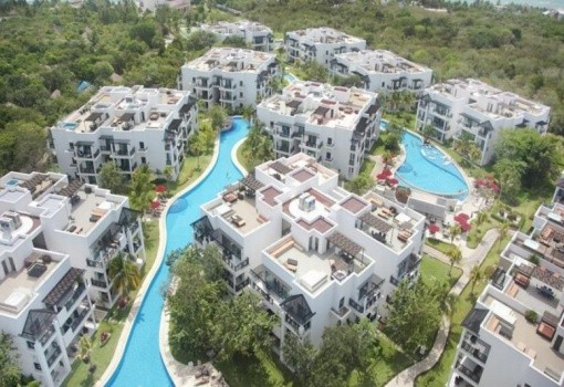 Azul Beach Resort The Fives Playa del Carmen, by Karisma