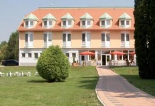 Aqua Hotel Termál