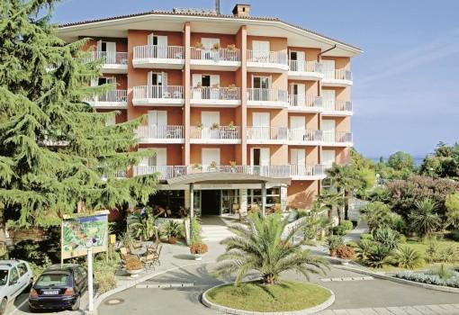 San Simon Resort (Izola)