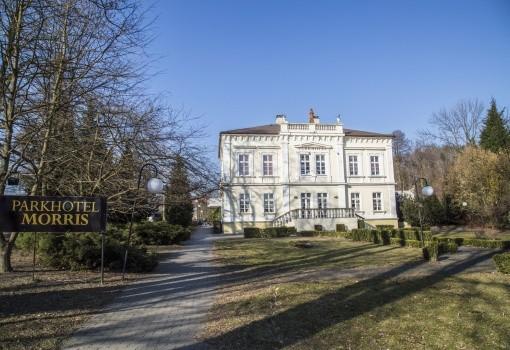 Parkhotel Morris (Nový Bor)