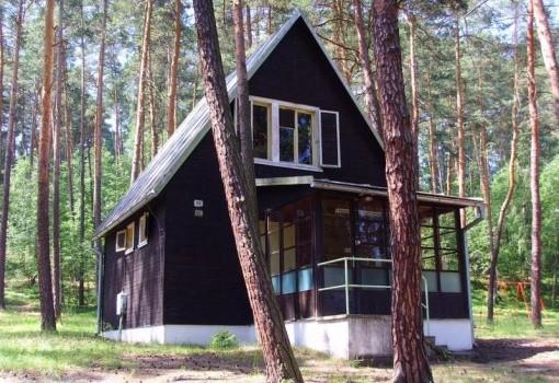 Chata Pod Bílým Kamenem (Máchovo jezero)