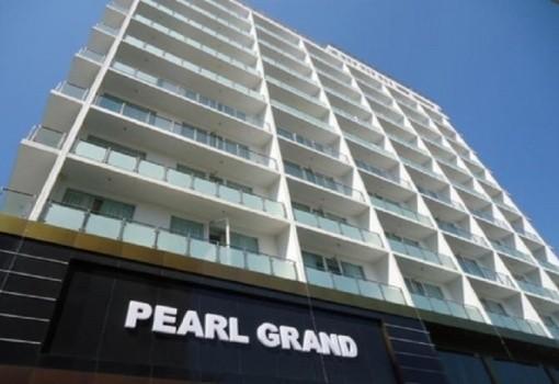 Pearl Grand