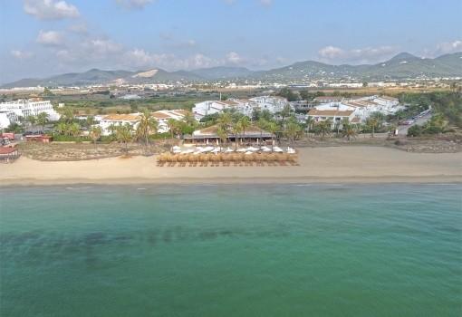 Fergus Paraiso Beach