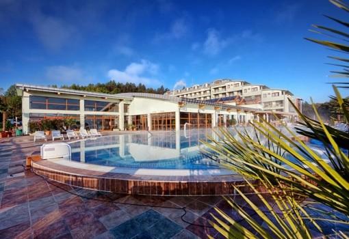 Kaskady Hotel & Spa Resort