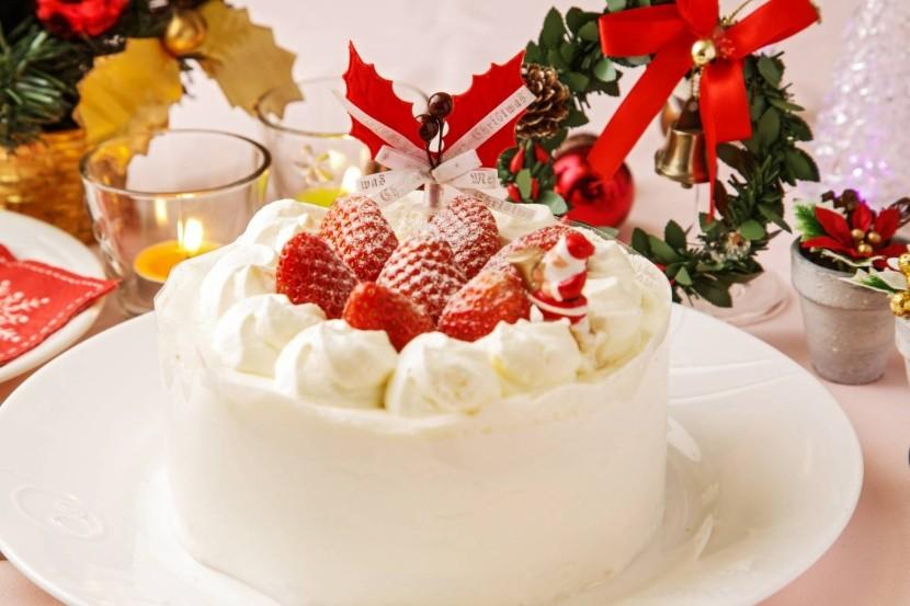 Japonská vianočná torta s jahodami