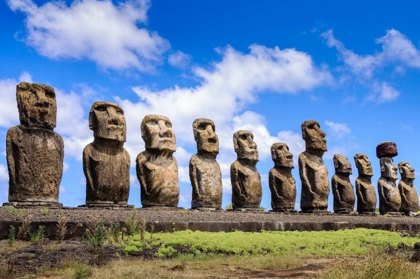 Sochy Moai, symbol Veľkonočného ostrova