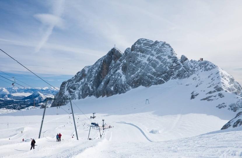 Lyžovanie na Dachsteinskom ľadovci