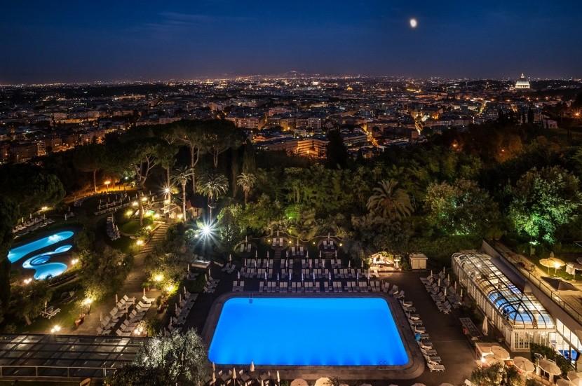 Výhľad z Rome Cavalieri Waldorf Astoria